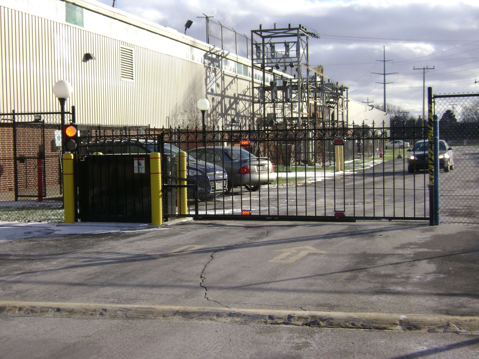 Garage Styles Pedestrian Amp Parking Lot Security Gates Milwaukee Wi